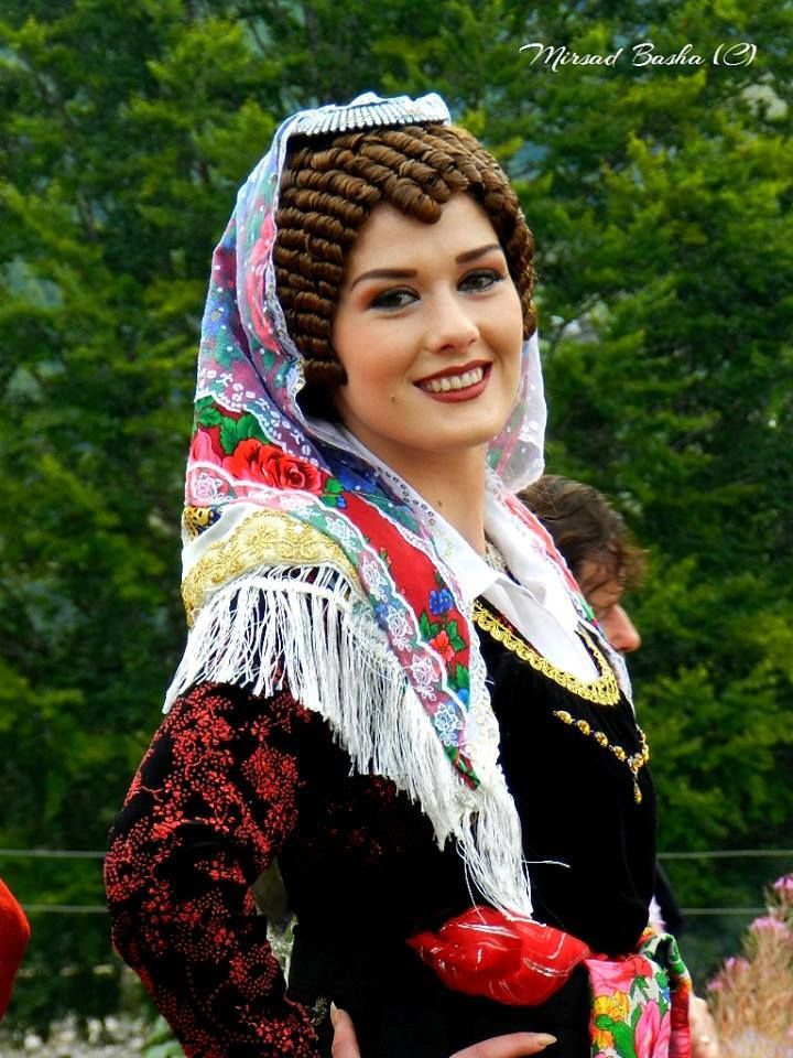 Albanian woman/girl in traditional costume, folk clothes ...