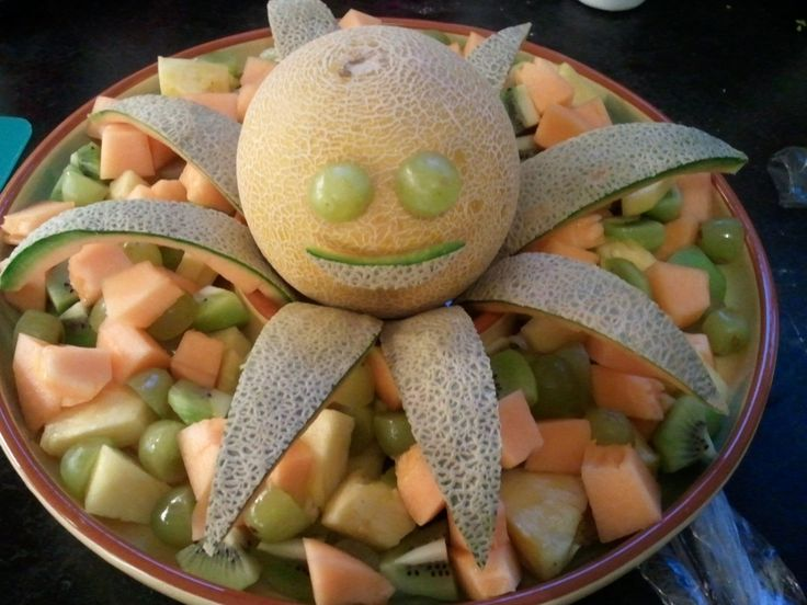 Octopus's garden fruit salad - Beatles party