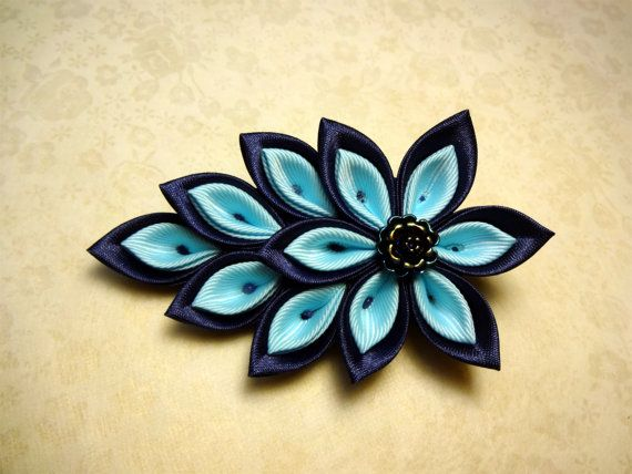 Hey, I found this really awesome Etsy listing at https://www.etsy.com/listing/162215876/kanzashi-hair-clip