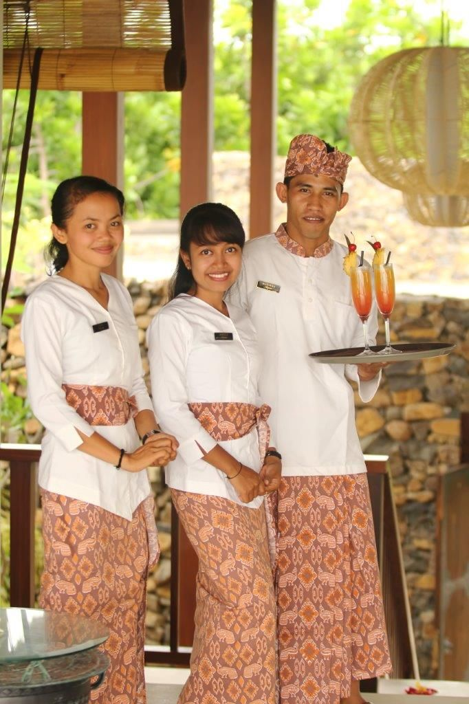 Welcoming guest at Anapuri Villas.