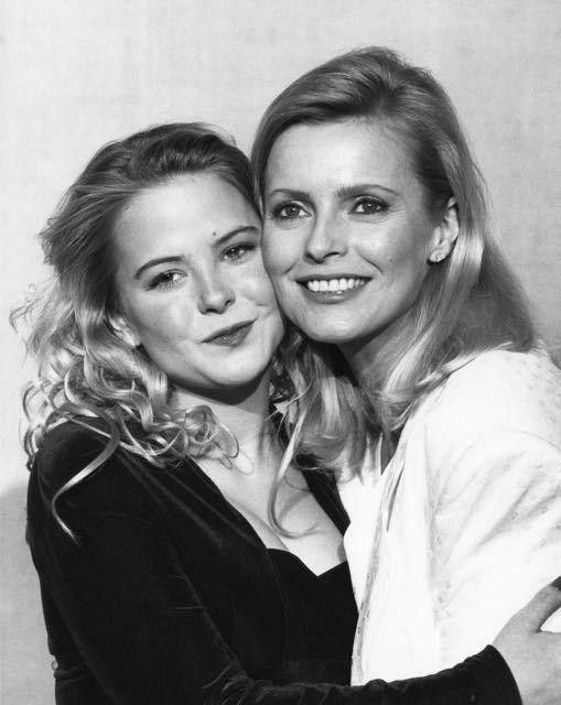 CHARLIE'S ANGELS Cheryl Ladd & Daughter Jordan Ladd Rare 8x11 Photo | #1733038909