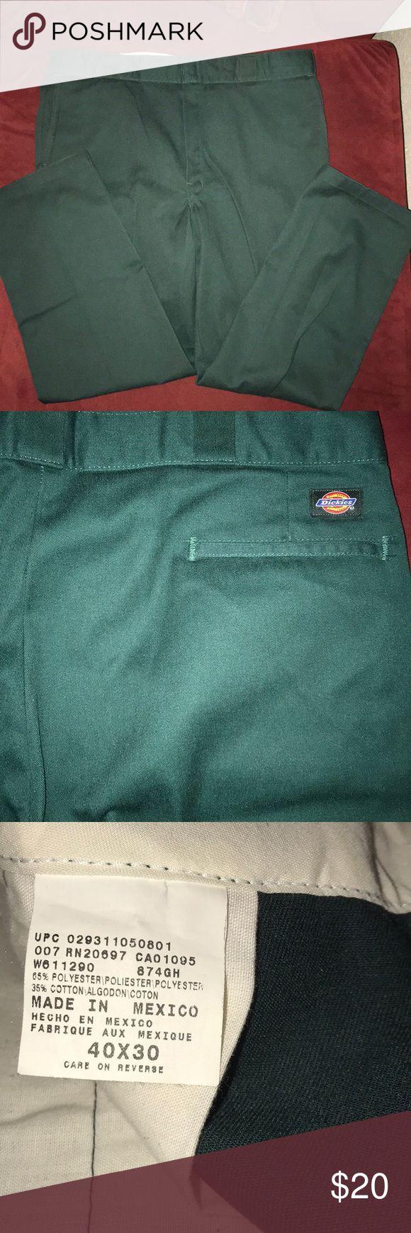 Dickies pants men hunter green regular fit Excellent condition Dickies pants hunter green hard color to find. 40Wx30L regular fit Dickies Pants Chinos & Khakis