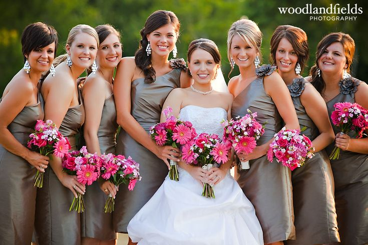 Pink & grey...love these colors!: Bridesmaids Flower Girls, Bridesmaid Colors Ideas, Wedding Ideas, Grey Weddings, Bridesmaids Dresses, Pink Grey Wedding, Wedding Colors, Dream Wedding, Grey Dresses