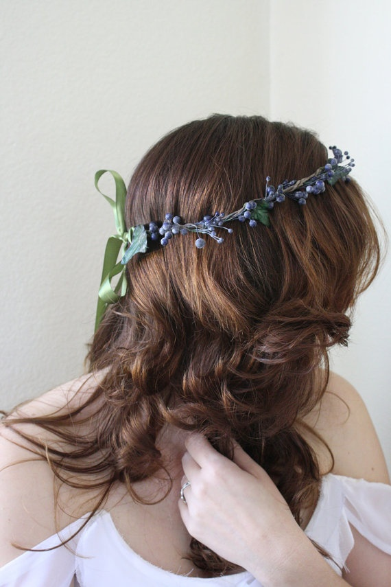 BLUEBERRY woodland crown of berries and paper by naturallyinspired, $25.00