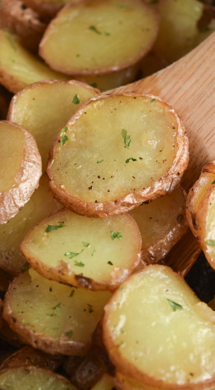 Easy Pan Fried Potatoes A delicious breakfast or dinner side that is easy to make and is sure to be a family favorite!