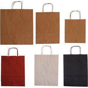 BUSTE CARTA CON MANICO 23,5 + 7,5 x 33 Buste carta con manico misura 23,5 + 7,5 x 33, ideali per lo shopping e acquisti di vario genere.