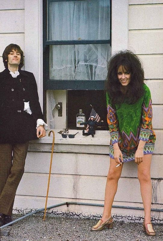 ♡♥Grace Slick with Jefferson Airplane drummer Spencer Dryden photo by Linda McCartney♥♡
