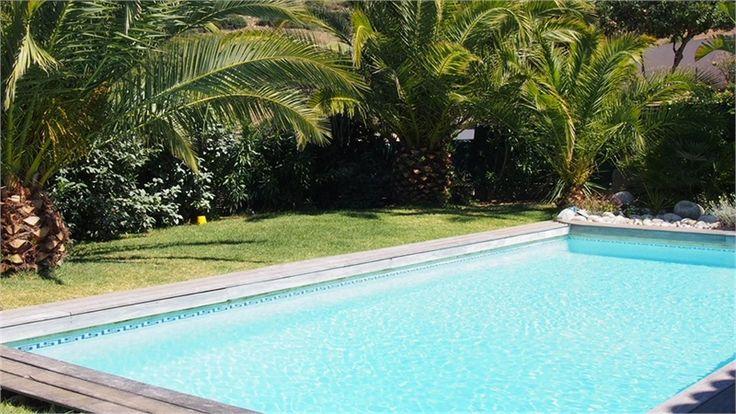 A vendre chez Capifrance jolie maison de 171 m² à quelques minutes d'Ajaccio.    Vue sur mer : 6 pièces, 5 chambres.     Plus d'infos > Philippe Formento, conseiller immobilier Capifrance.