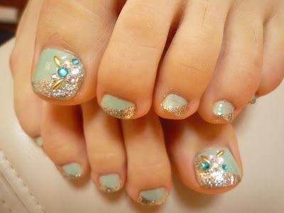 Toenail Designs: Rhinestone toenail designsMakeup Nails, Toenails Design, Rhinestones Toenails, フット ネイル, Hair Nails, Toes Nails Art, Pedicures Rhinestones, Toenail Designs, Pedicures Ideas