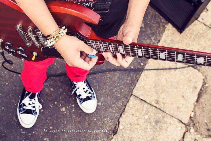 Karolina Marcinkowska Fotografie: Casper - it rock's!!! Ein junger Rockman, Gitarre ...