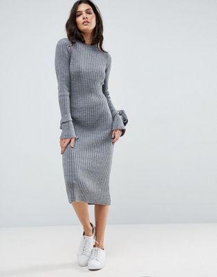 Трикотажное платье в рубчик с узелками на манжетах ASOS