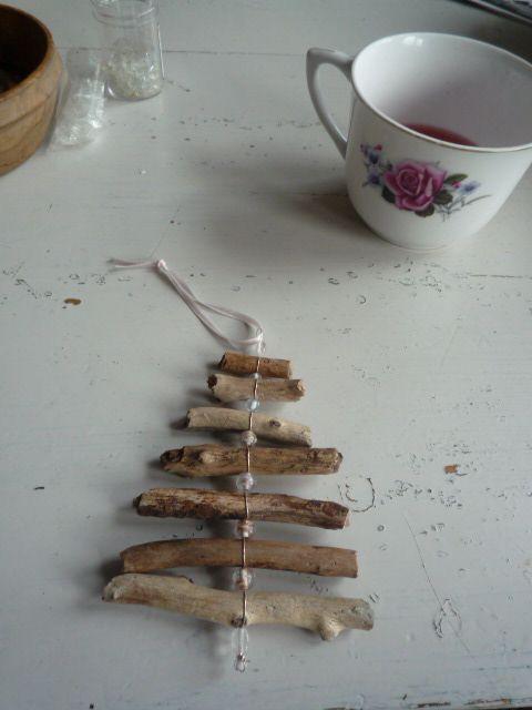 Twig tree Nydelig juletre laget av Marian/Marihøno