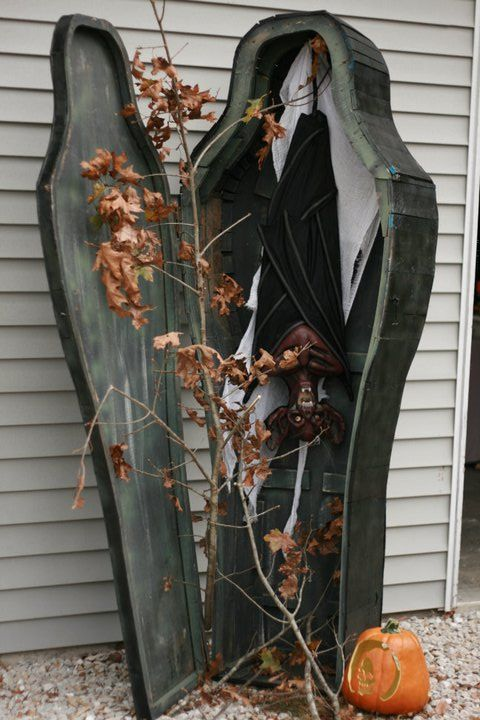 halloween decor - Vampire Halloween Decorations