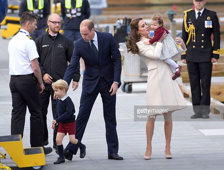 Catherine, Duchess of Cambridge; Prince William, Duke of Cambridge; Prince George and Princess Charlotte depart Victoria after the Royal Tour of Canada at Victoria Inner Harbour on October 1, 2016 in Victoria, Canada.