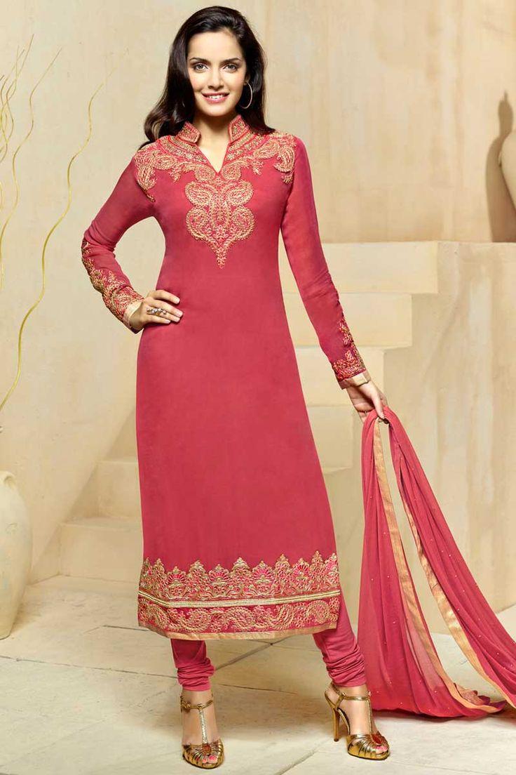 Obtenir la dernière rose #Georgette #Churidar Suit avec la mousseline Dupatta #AndaazFashion   http://www.andaazfashion.fr/salwar-kameez/churidar-suits/pink-georgette-churidar-suit-with-chiffon-dupatta-dmv13796.html