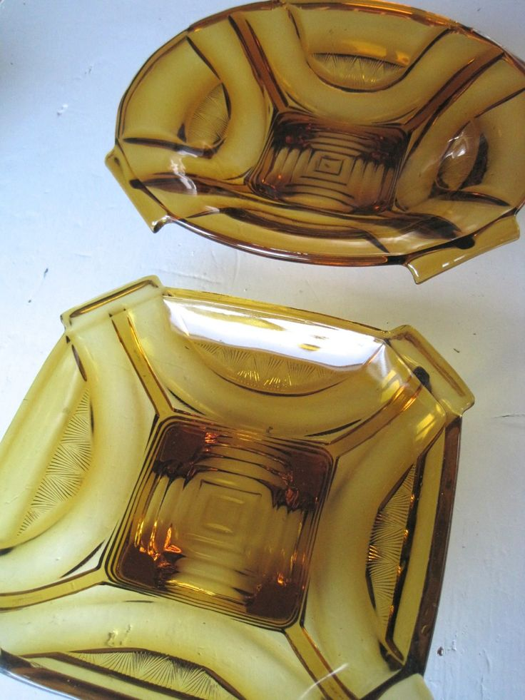 FINN – Vintage Amber Pressed glass Art Deco fra 1930´s Salatbolle