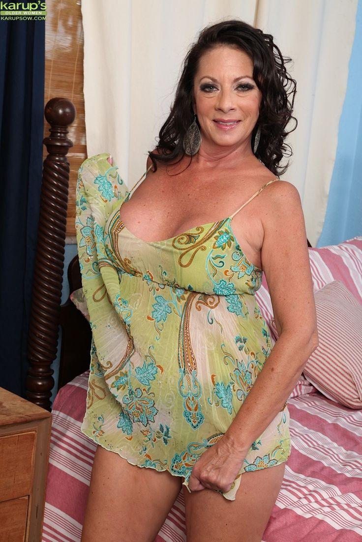 Margo Sullivan Nude Photos 69