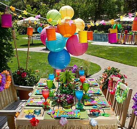 Luau Decorations | Party City Serves Up Chic Luau Party Ideas for a Polynesian Paradise