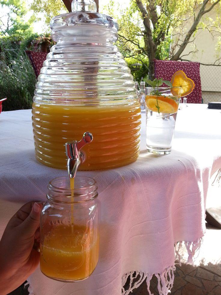 Jól mutat benne a narancslé