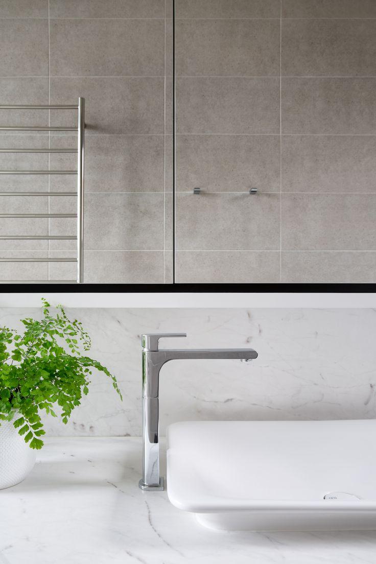Serene Elba bathroom by @ewert_leaf and @2ic_construction . Stonework by Aristocratic. Photo by @emily_bartlett_photography . Joinery @cosinteriors .  #cdkstone #elba #elbamarble #marble #dolomite #naturalstone #naturalbeauty #naturesmasterpiece #designinspo #designinspiration