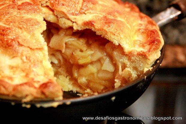Torta de maçã de frigideira, simples, rápido e deliciosa.                                                                                                                                                                                 Mais