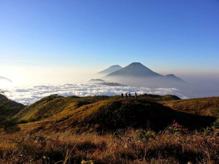 Pendakian Gunung Prau 2565 MDPL