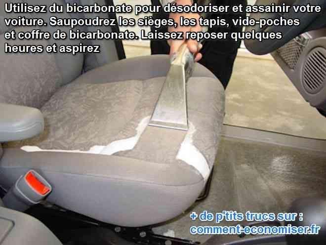 nettoyer intérieur voiture avec du bicarbonate