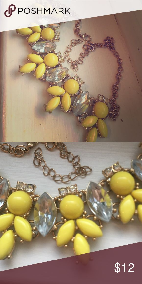 Yellow statement necklace Great neon yellow statement necklace with diamond accent on a gold chain Jewelry Necklaces