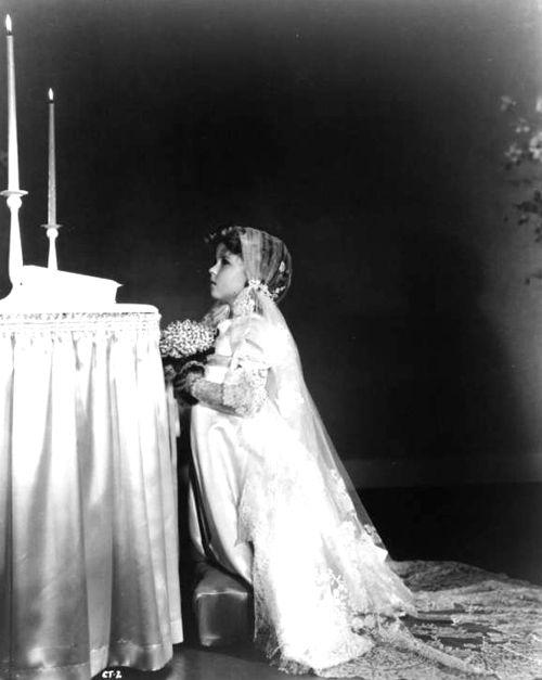 Shirley Temple... 1930s Juliet lace cap wedding veil