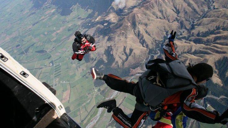 skydivingnz.com