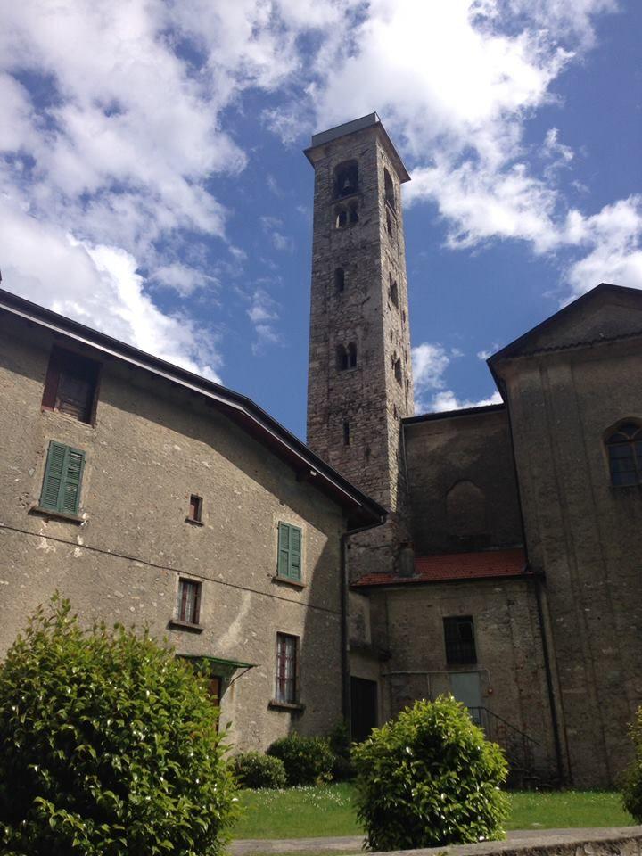 La torre campanaria di #Ghevio ( #Meina #Novara #Piedmont #Italy )