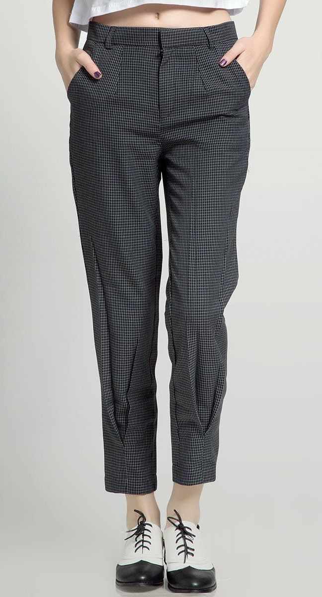 Hazel Pants by Kizzie. Create your preppy look with this pants, it has two back pocket and button for closure. Formal shoes that can go casual and formal way, this pants with plaid pattern, with black and gray color. http://www.zocko.com/z/JJJGw