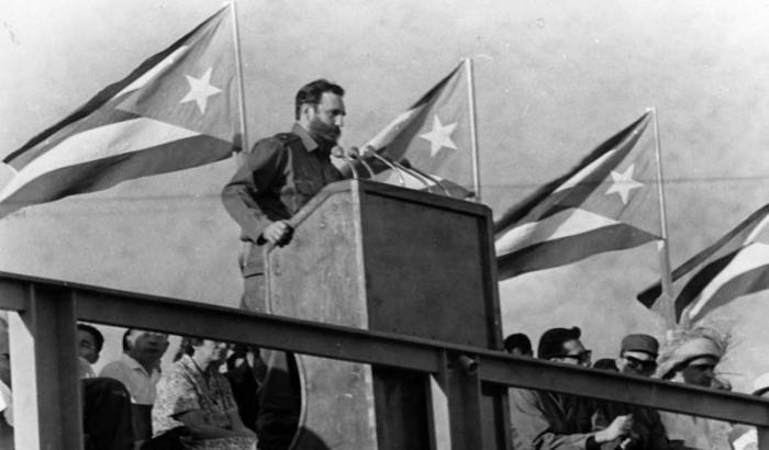 Discurso de Fidel el 26 de Julio de 1964 en Santiago de Cuba. Foto:Jorge Oller, 26 de julio de 1964.