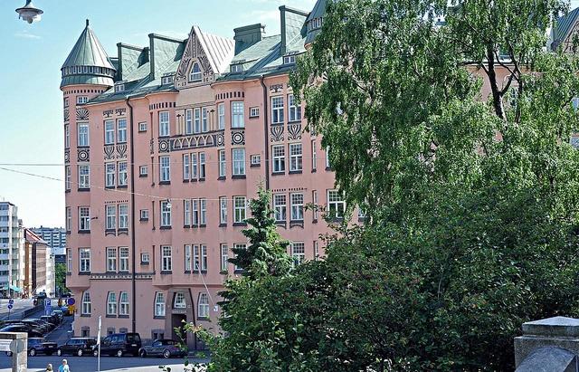 Naapuri <3  Art nouveau pile in Kallio district