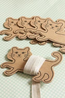 Hard Craft Paper Board Thread Cat Spool