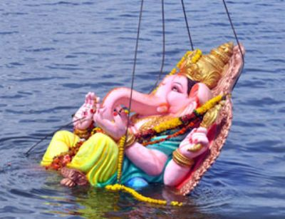 During the season of Vinyaka chavathi, all Hindus perform pujas to Lord Vinayaka by installing large idols in their town. In all mandalas, lord Ganesh is worshipped for a period of 10 days starting form Bhadrapada Shudha Chaturthi to the Ananta Chaturdashi.