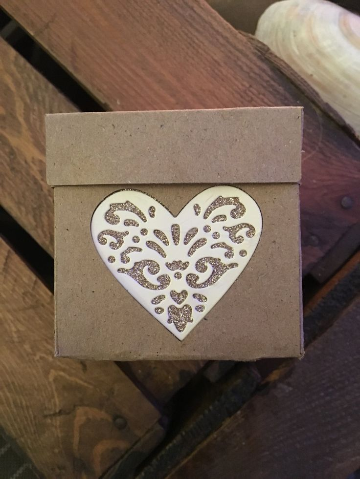 x10 Kraft Favour Boxes with heart detail by ShowstopperEvents on Etsy