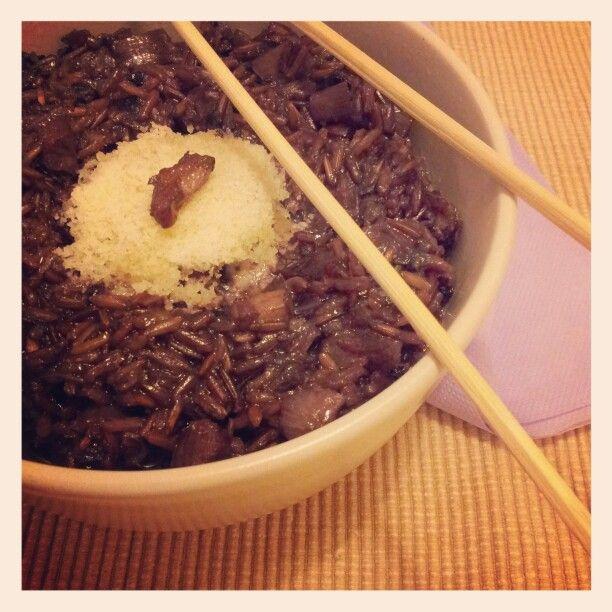 Riso rosso thai con radicchio e pancetta affumicata