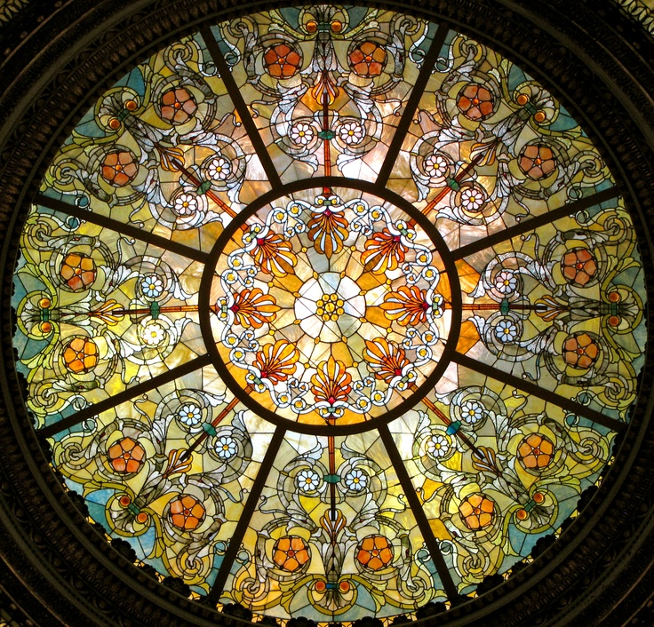 stain glass dome at Chicago Cultural Center
