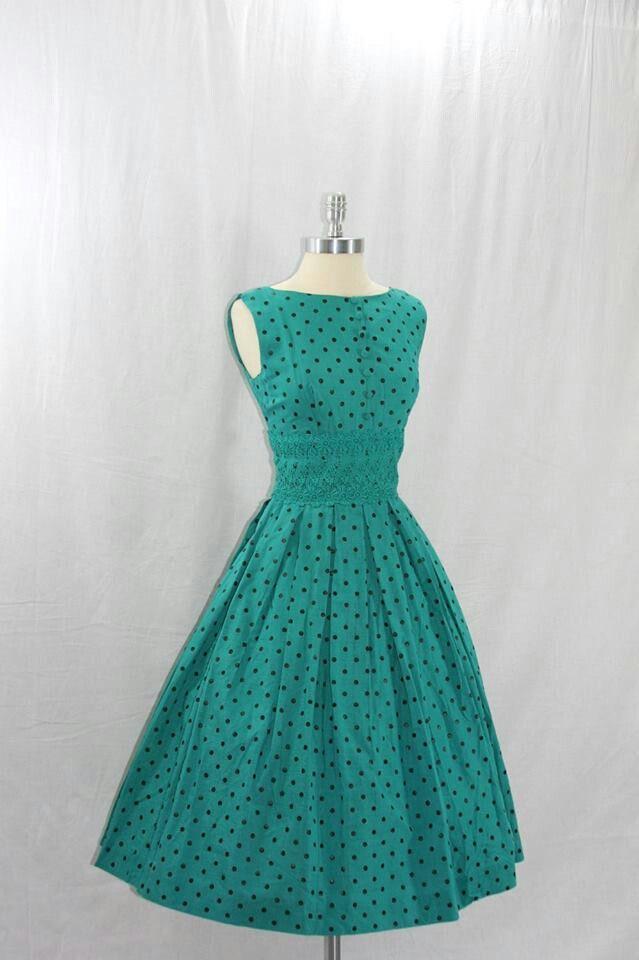 Vintage Blue Dress @Stephanie Close Vega quiero uno así steph!!