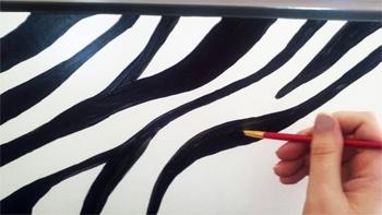 Zebra Print Me: DIY - Painting a Zebra Print Dresser