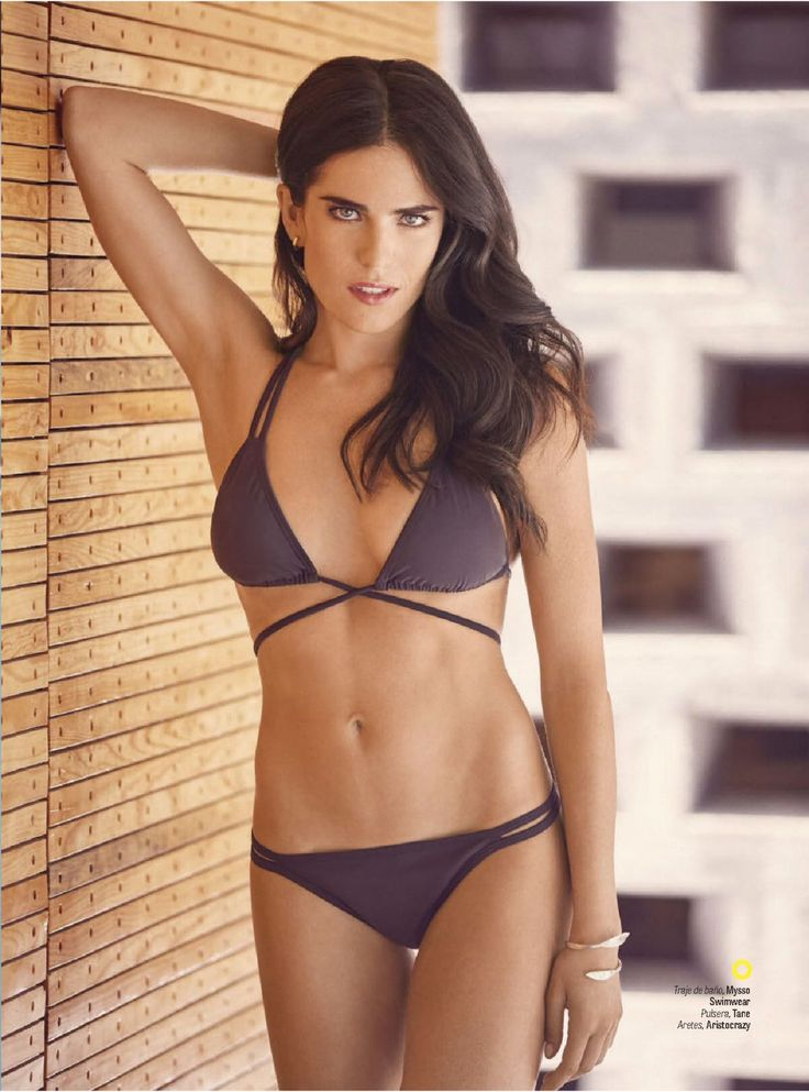 karla-souza-in-gq-mexico-october-2015-_1.jpg (1200×1620)