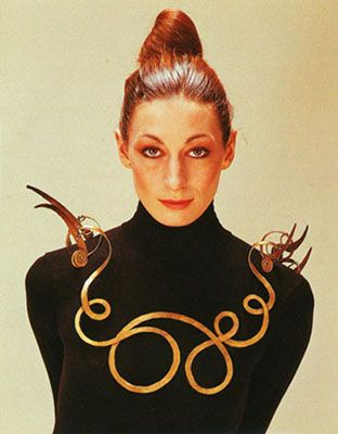 Angelica Huston in Alexander Calder necklace