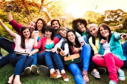 List of College Scholarships and Grants - ScholarshipsandGrants.us