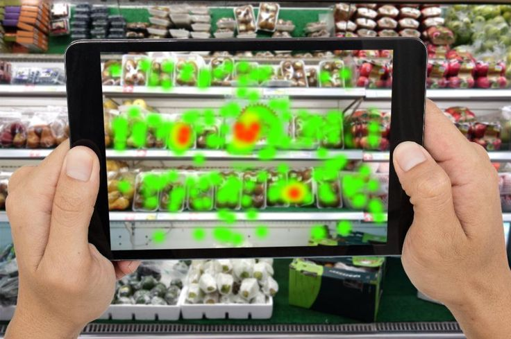As augmented and virtual reality work their way into retail use, applications are beginning to sort themselves into two main classes: augmented reality for consumers, and virtual reality for business users.