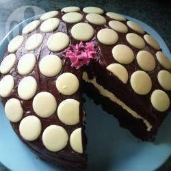 Delicious and moist fresh cream chocolate fudge cake - made for Georgina's birthday 2017; everyone liked it - very light