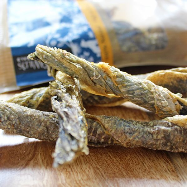 Green & Wild's Fish Twists. Low Fat! Super high in Omega 3 Great for teeth – helps remove Tartar.