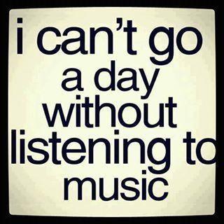 No escuchar música, por lo menos una vez al día, es un error (casi) imperdonable.