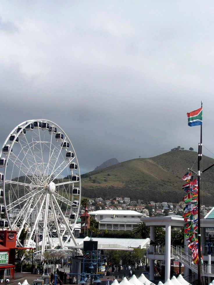 V & A Waterfront. Table mountain nowhere to be seen