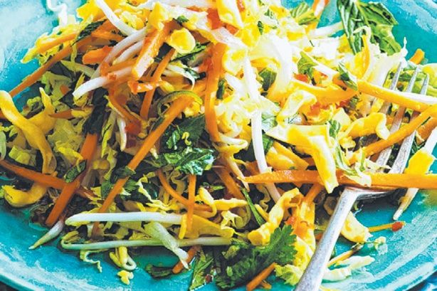 15 minute meals: Vietnamese Salad With Crunchy Noodles Recipe